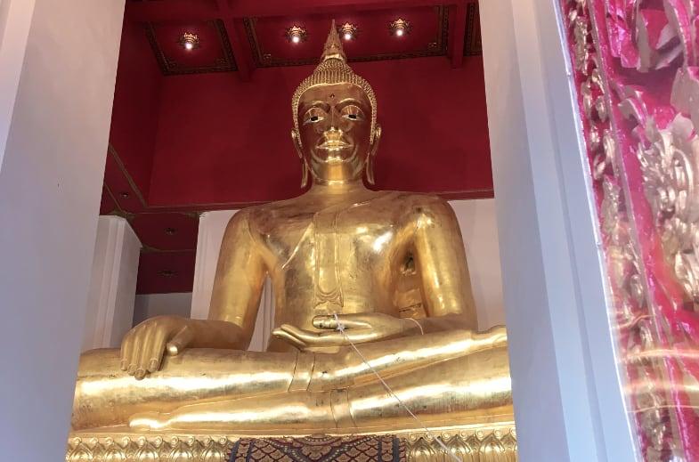 El Buda de oro más grande de Ayutthaya