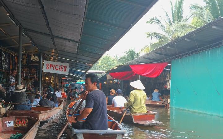 Damnoen Saduak Bangkok
