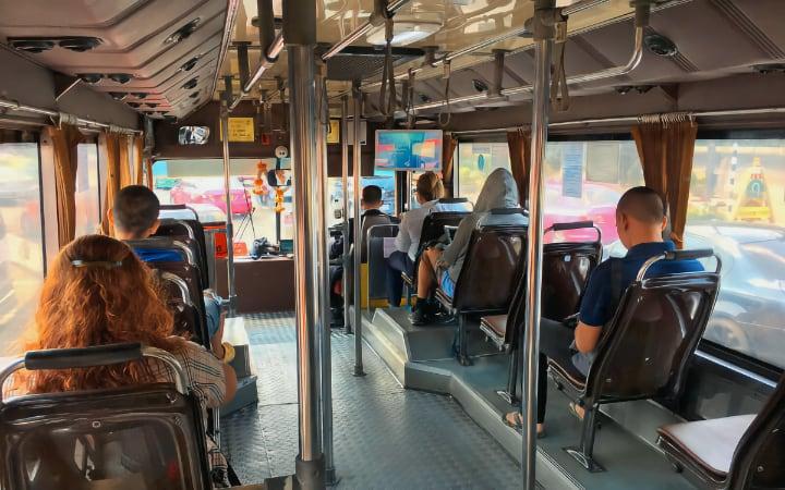 Autobus para ir del aeropuerto a Khao San Road
