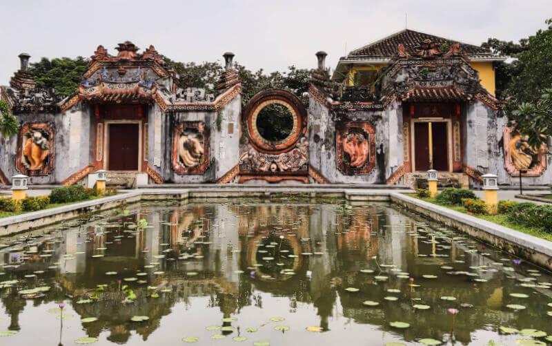 Estanque The Ba Mu Temple