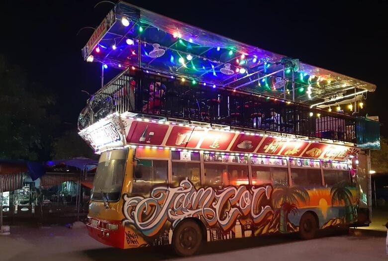 Bus Bar en Tam Coc