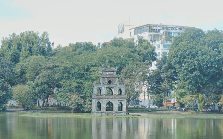 Ver la Torre de la tortuga en Hanoi