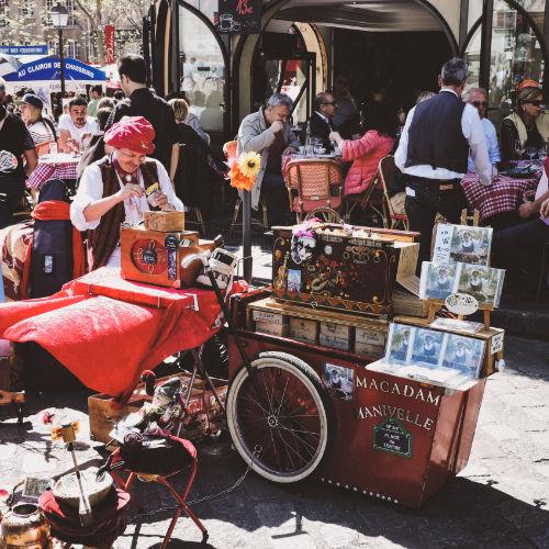 Puestos en el Barrio de Montmartre
