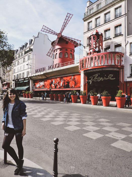 Moulin Rouge, el cabaret más famoso de París en el Barrio de Montmartre