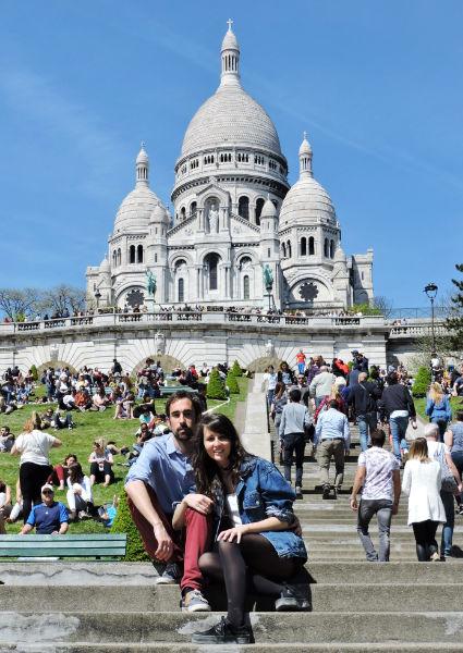 Basílica Sacre Coeur en la cima del barrio de Montmartre