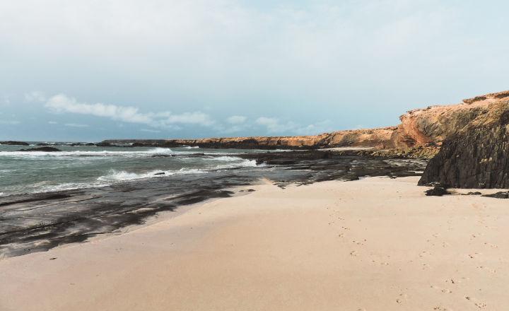Playa de los ojos en el sur de Fuerteventura