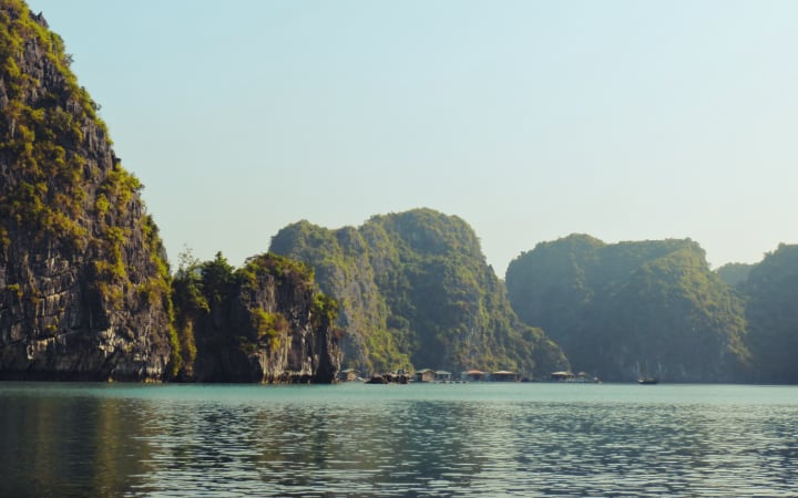 Tiempo en la bahía de Halong