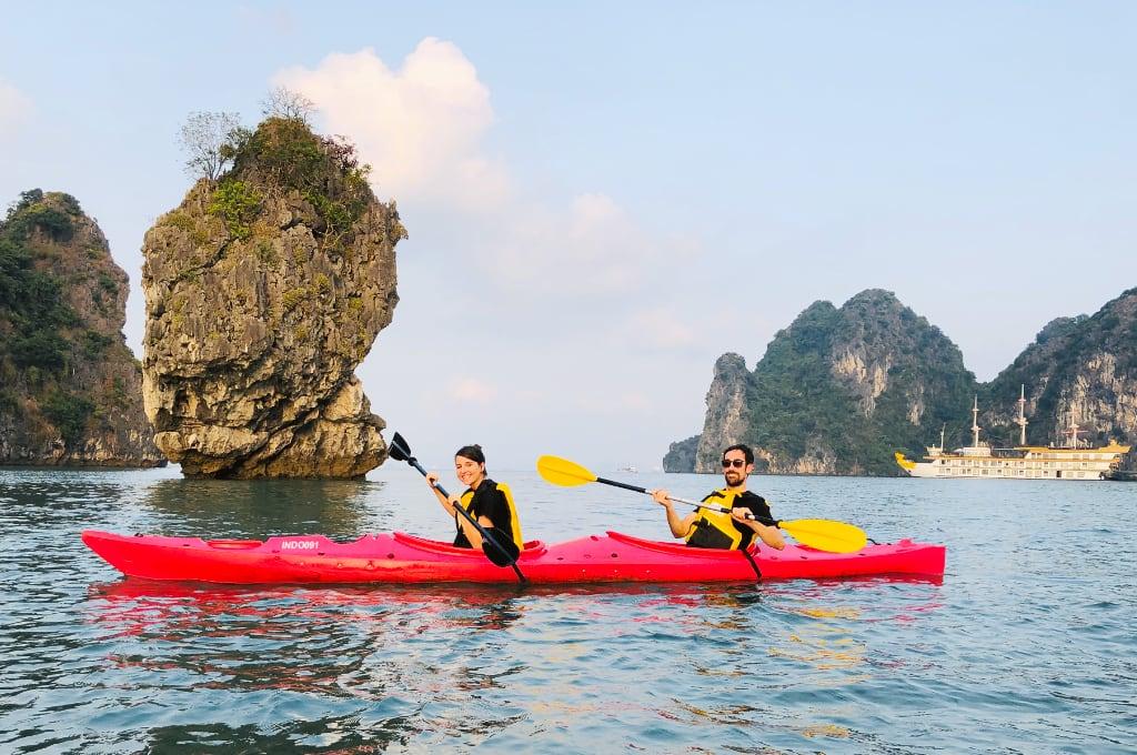 Actividad de Kayak en Halong