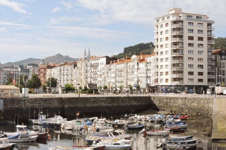 Ver Castro Urdiales en tu ruta por Cantabria