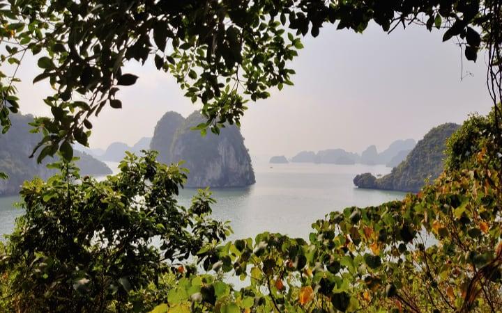 Vistas de Bai Tu Long