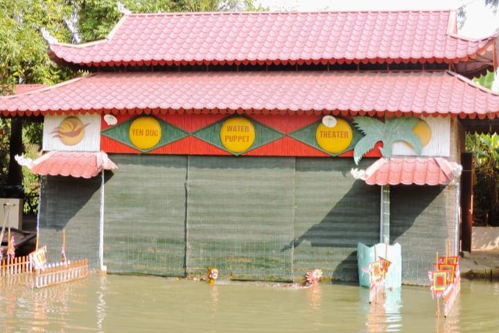 Espectáculo de marionetas de agua en Yen Duc