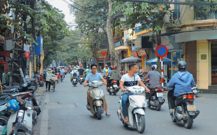Consejo para viajar a Vietnam y no morir atropellado por las motos