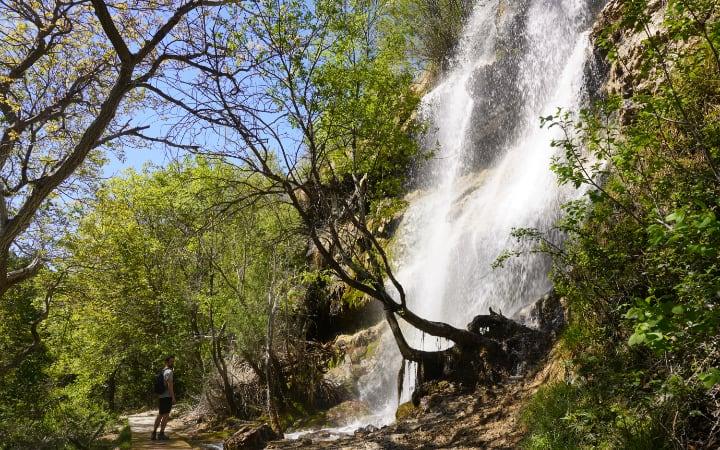 Cascada en la ruta del río Pitarque