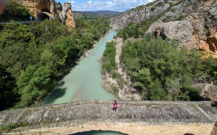puente del diablo rio esera