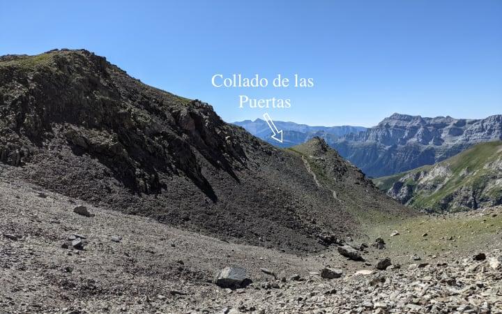 Collado de las Puertas, acceso a la ascensión del pico Robiñera