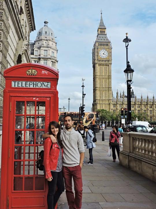 Foto con cabina y Big Ben en Londres